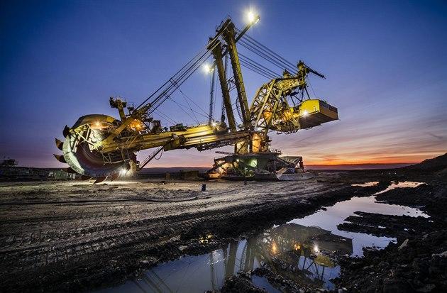 Těžba uhlí končí, angažmá státu musí pokračovat
